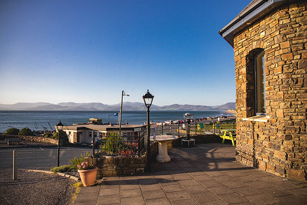 Rosspoint restaurant view of Rossbeigh (from www.maryellajourdak.com)
